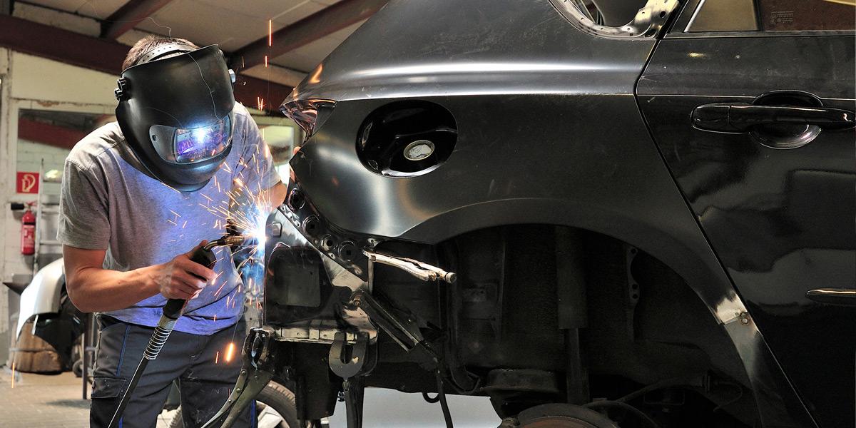 Karoserijski auto dijelovi i reparacija